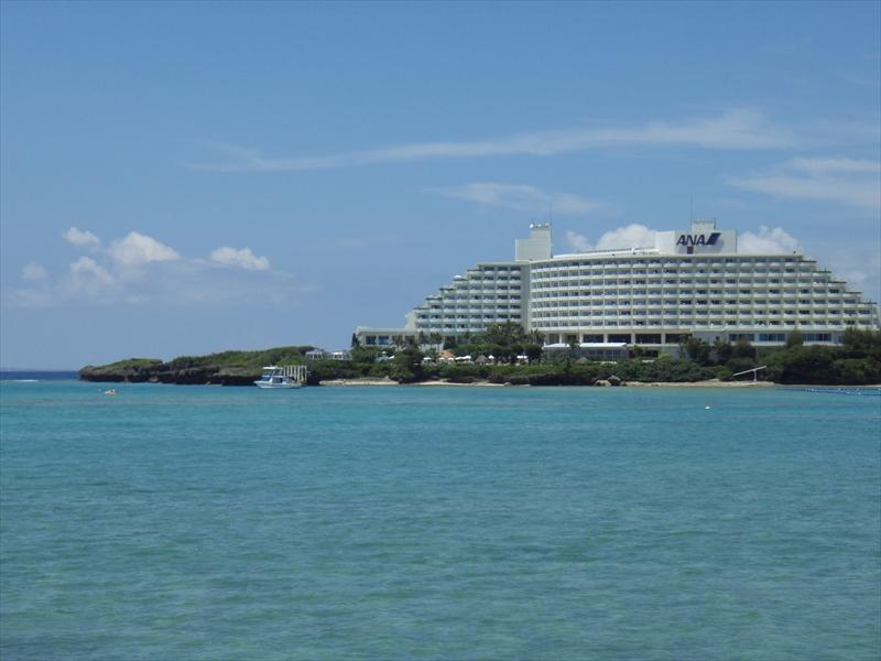 自称旅人時代に働いた万座ビーチのホテル