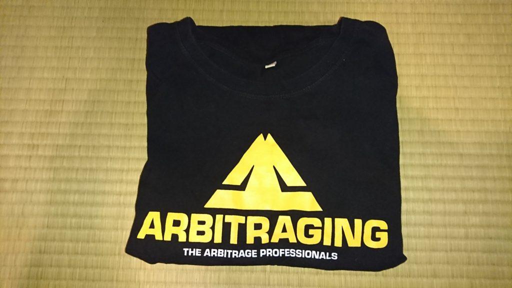 ARBITRAGINGロゴ入りTシャツ